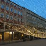 JUST NU: Julbelysning på väg att rasa