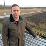 Jörgen står utan besked fem år efter ansökan