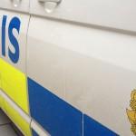 Pojkar rånades under knivhot